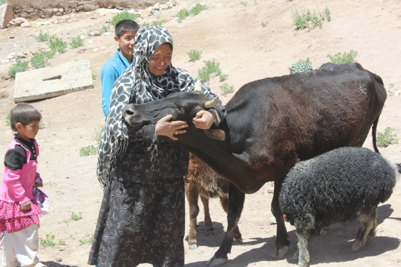 10-a once needy woman becomes the village khala.JPG
